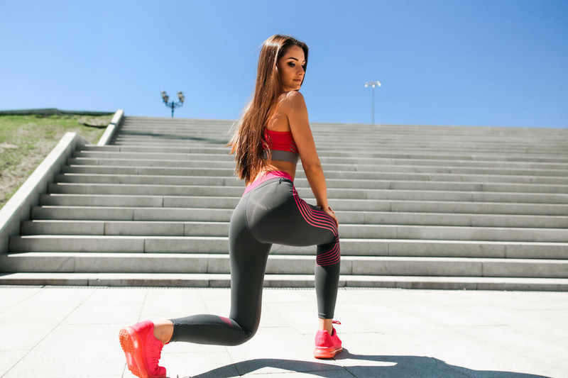 How to Get Bigger Buttocks with Exercise at Home