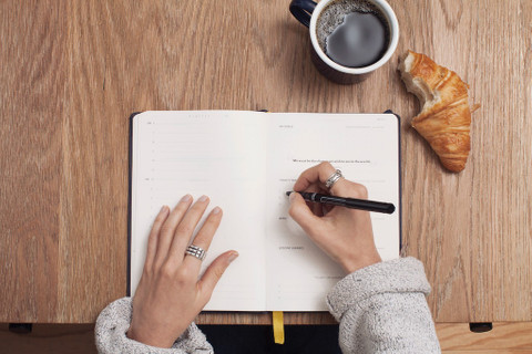 How to Stick to a Food Journal